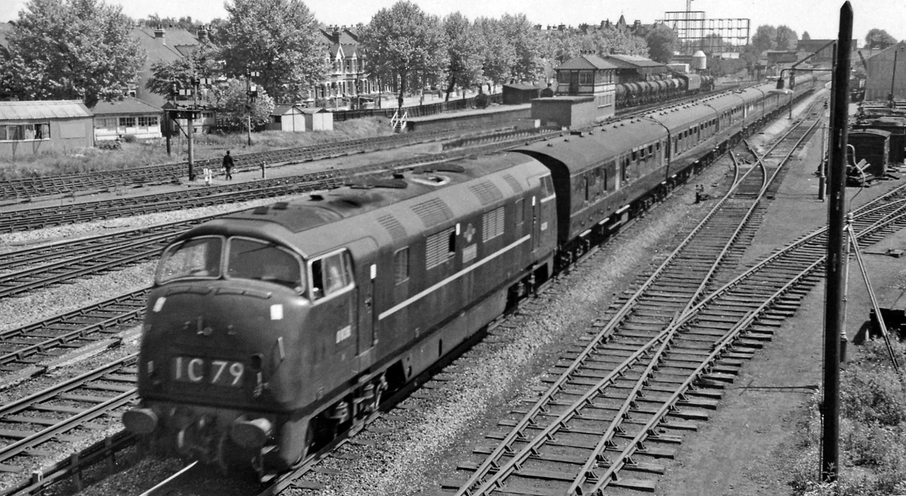 TOPS - Cold War To Coal Trains - West Ealing Railway