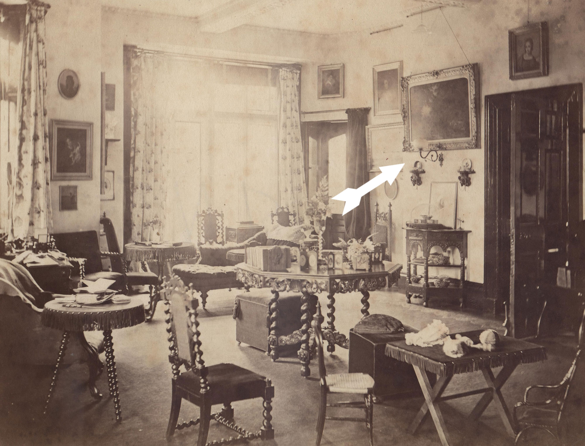 The old Drawing Room at Clevedon Court showing the Hardman gas lamp in its original position