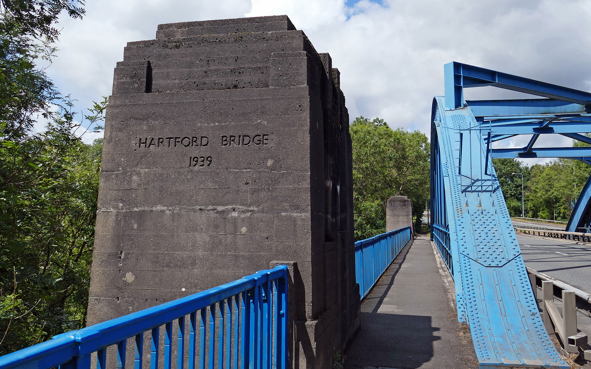 Hartford Blue Bridge - Art Deco Abutments
