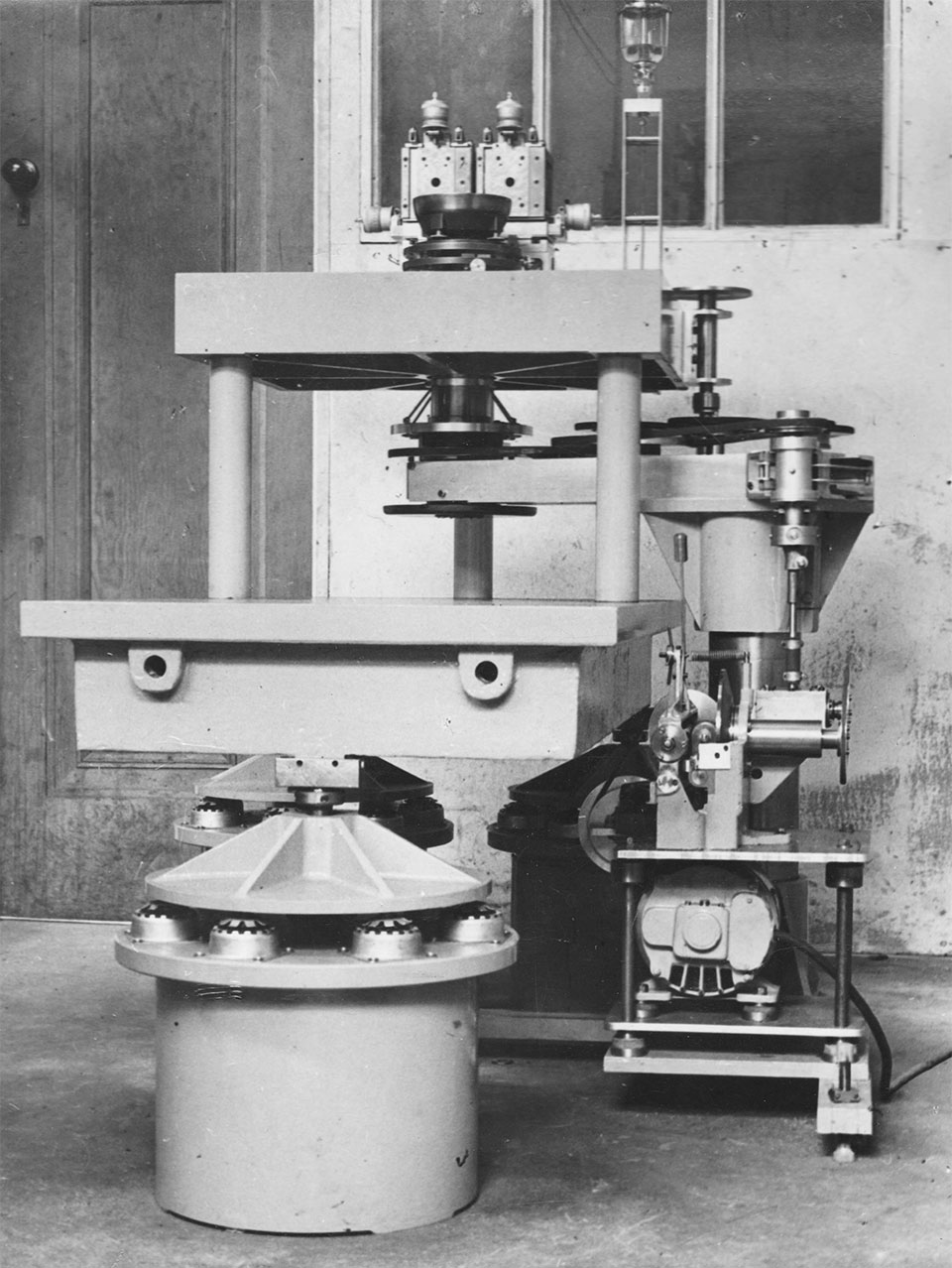 Polishing Machine Made By M J (Jack) Willcocks For Microscope Mirrors