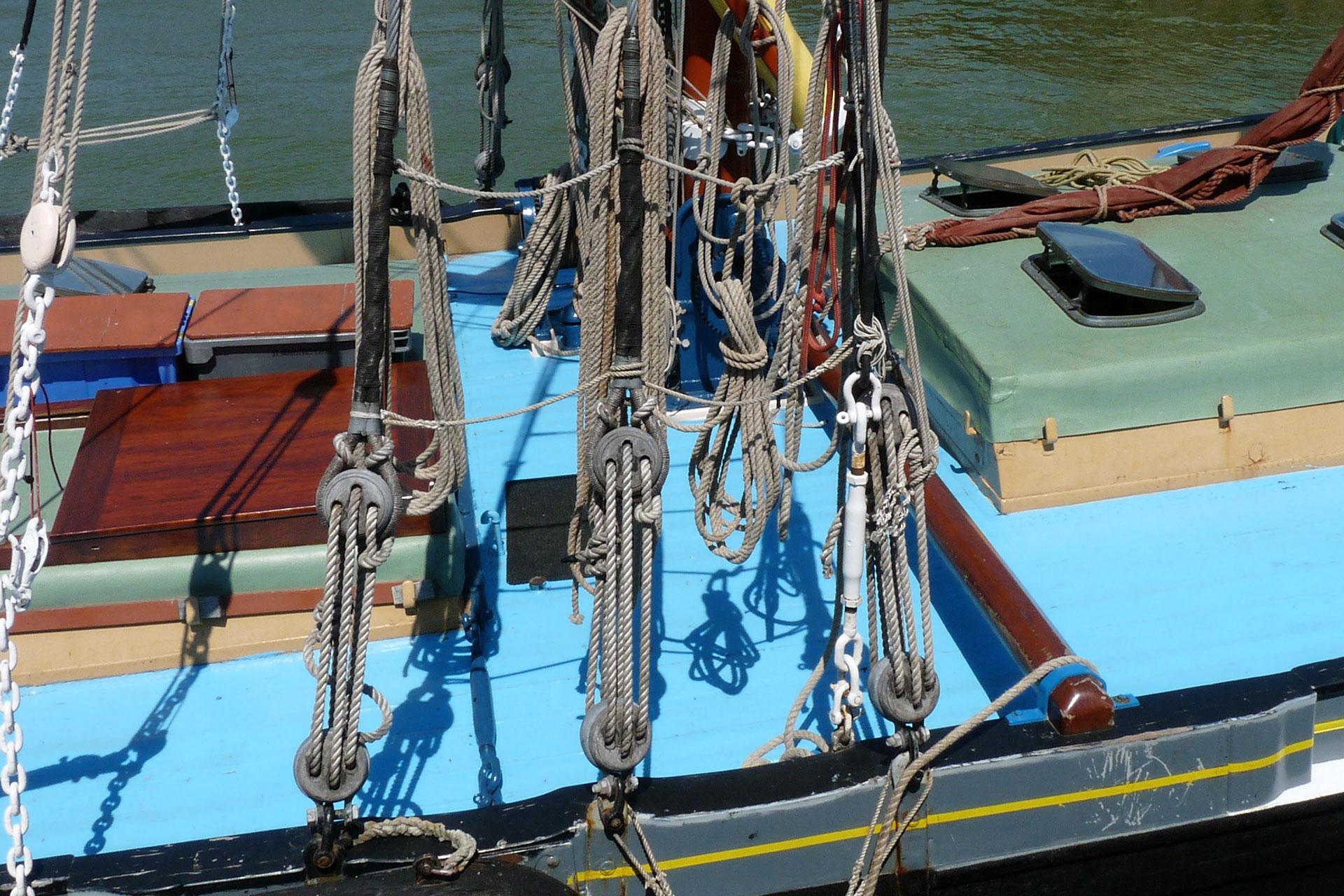 Ratlines Barge Greta : rigging detail - © Jonathan Aylen