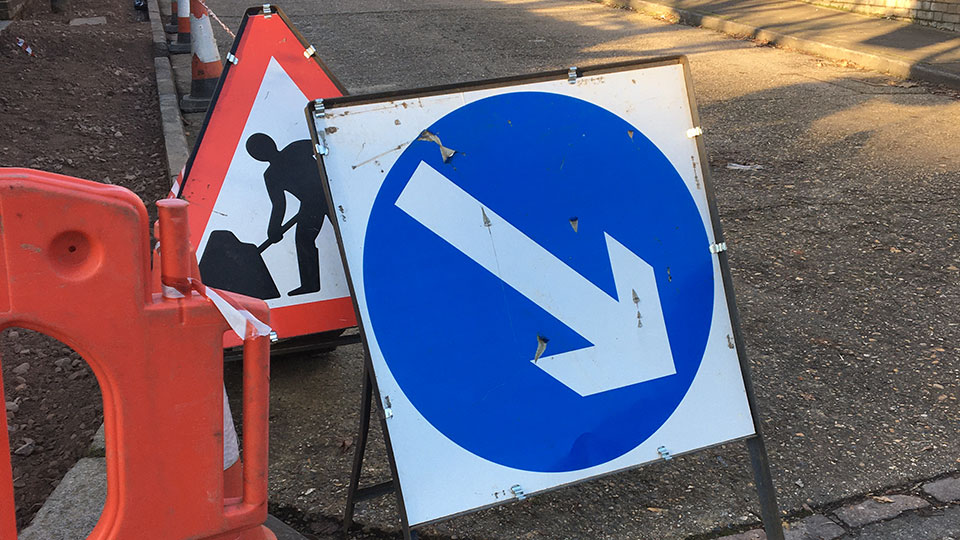 UK Road Signs - Keep Right / Road Works